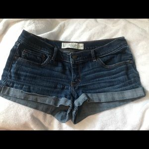 Abercrombie & Fitch shorts ✨